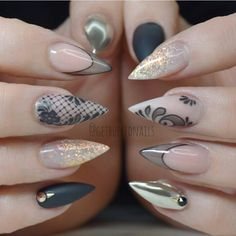 Cute acrylic nails look extremely elegant and sophisticated. Acrylic covers even broken nails. They also make weak nails strong. Best Acrylic Nails, Acrylic Nail Designs, Nail Art Designs, Lace Nails, Stiletto Nails, Get Nails, Hair And Nails, Uñas Fashion, Nagel Gel