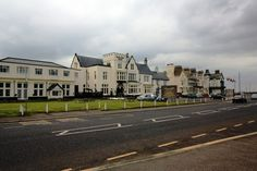 Modern picture Staincliffe Hotel Modern Pictures, Old Pictures, Wedding Venues, The Past, England, Mansions, House Styles, Wedding Reception Venues, Antique Photos
