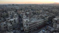 Desde octubre de 2013, las tropas de Bashar al Assad asedian Duma, ciudad muy cercana a Damasco. Los bombardeos aéreos y por tierra no permiten que los ciudadanos tengan una vida normal.
