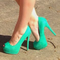 If only I could make myself walk in them
