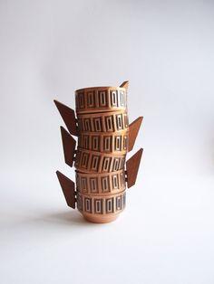 Mid Century cobre y teca conjunto de seis tazas por tiendanordica