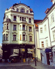 Bratislava, Old Town Bratislava, Drawing Architecture, Classical Architecture, Danube River Cruise, European River Cruises, France Travel, Eastern Europe, Homeland, Czech Republic