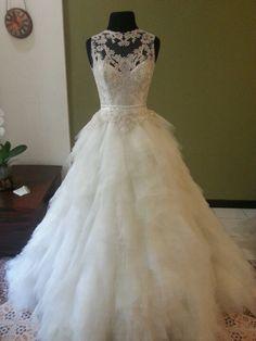 Feel like a princess in this Veluz RTW dress!