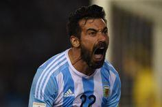 Ezequiel Lavezzi señaló el primer tanto albiceleste en las Eliminatorias; el último grito había sido de Gonzalo Higuaín ante Paraguay en las semifinales de la Copa América. Noviembre 13, 2015.