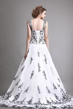 Sophisticated A-line Embroidery Organza Wedding Dress