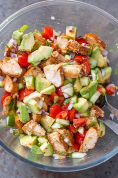 Healthy Avocado Chicken Salad - This salad is so light, flavorful, and easy to make! Perfect for your next barbecue or potluck! - #recipe by #eatwell101