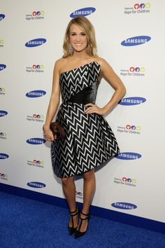 Carrie Underwood - Arrivals at the Samsung Hope for Children Gala