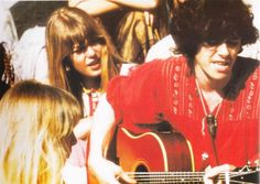 Donovan, Jenny Boyd, and Pattie Boyd in India 1968 Rock Band Photos, Mick Fleetwood, Pattie Boyd, Kris Kristofferson, Something In The Way, Idole, Lucky Girl, Wife And Girlfriend, Led Zeppelin
