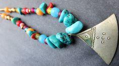Collier ethnique perles naturelles : Collier par les-ptits-pois-sont-rouges