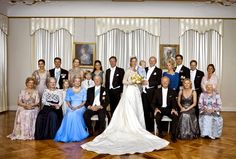 Princess Nathalie and Alexander Johannsman family wedding picture, 2011