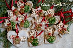 Oliwia Art Deko Christmas Makes, Christmas Crafts, Christmas Decorations, Xmas, Christmas Ornaments, Holiday Decor, Polymer Clay Flowers, Clay Ornaments, Salt Dough