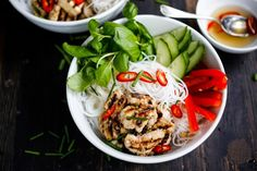 Flavorful Vietnamese Vermicelli w/ lemongrass chicken (or tofu) served over rice vermicelli noodles, w/ veggies and basil & flavorful Vietnamese dressing (Nuoc Cham) . Delicious!!   www.feastingathome.com