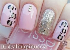 Diy nail art techniques what you can do with nail dotting tool Fancy Nails, Love Nails, Trendy Nails, Sparkle Nails, Glitter Nails, Nail Art Diy, Diy Nails, Nail Art Techniques, Best Nail Art Designs
