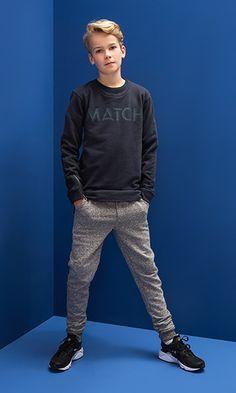Shop de Look - Jongenskleding hi Boy Fashion 2018, Tween Boy Fashion, Tween Boy Outfits, Outfits Niños, Cute Kids Fashion, Little Boy Fashion, Tween Boy Clothes, Tween Boy Style, Fashion Fashion