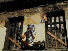 """""""Welcome to Athens"""" - Wild Drawing©    """"Wild Drawing"""" artista de origen indonesio radicado en Grecia, nos regala con inmensa maestría murales llenos de talento e imaginación. Mensajes que nos hablan –como en sueños– de un mundo mortalmente real y al mismo tiempo nos anuncian otras tierras donde la fantasía tiene mucho más sentido que este caos al que llamamos """"lo real"""". ¡Disfruta su trabajo! ¡Déjate llevar por el asombro!    #streetart #art #mural #graffiti #líneasdefuga #creemosenelasombro"""
