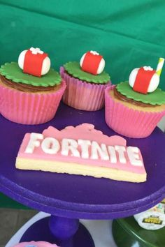 Check out this cool Fornite birthday party! The cupcakes are so much fun! See more party ideas and share yours at CatchMyParty.com  #catchmyparty #partyideas #fortnite #fortniteparty #boybirthdayparty