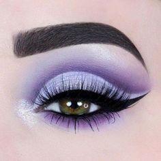 Fabulous 💜 Pink Eyeshadow makeup Ideas for Partynight – Page 19 ♥ 𝙄… - Schönheit Makeup Eye Looks, Purple Eye Makeup, Colorful Eye Makeup, Beautiful Eye Makeup, Pink Eyeshadow, Cute Makeup, Perfect Makeup, Pretty Makeup, Prom Makeup