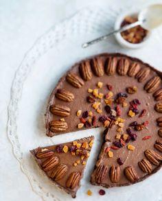 Raw food - chocolatecake - Raakasuklaakakku, resepti – Ruoka.fi
