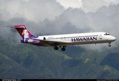 Hawaiian Airlines Boeing 717-22A N480HA s/n 55125 Kahului Airport Hawaii September 22, 2014 - Photo by FOKKER AIRCRAFT