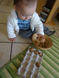 Baby Learning Activities, Montessori Activities, Infant Activities, Activities For Kids, Kids Learning, Montessori Baby, Montessori Bedroom, Baby Sensory Play, Baby Play