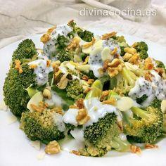 Brócoli con salsa de queso y frutos secos Broccoli Recipes, Veggie Recipes, Mexican Food Recipes, Salad Recipes, Vegetarian Recipes, Dinner Recipes, Healthy Recipes, I Love Food, Good Food