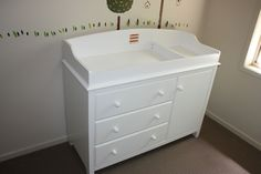 Brand new baby change table/changer / 3 chest of drawers and 1 door - $259 (with change pad) + $60 = $319