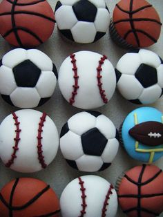 ♡❤ #CupCakes ❤♡ ♥ ❥ Sport cupcakes