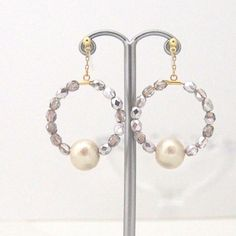 MiyabiGrace:Classy Light Beige Cotton Pearl with Light Purple Beads Hoop Invisible Clip on Earrings コットンパールイヤリング #CottonPearl #CottonPearlClipOnEarrings #PearlClipOnEarrings #LightBeigeCottonPearlClipOnEarrings  #LightBeigePearlClipOnEarrings #LightPurpleHoopClipOnEarrings #CottonPearlEarrings #HoopClipOnEarrings #InvisibleClipOnEarrings #HoopClipOnEarrings #NonPiercedEarrings #コットンパールノンホールピアス #フープイヤリング #PearlInvisibleClipOnEarrings #PearlNonPiercedEarrings #PearlEarrings