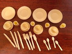 Marx Dollhouse Miniature Dishes Plastic Plates Cups Cultery Tea Cups 1:16    eBay