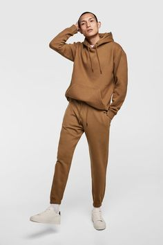 healthy recipes with ground turkey and brown rice casserole soup crock pot Brown Joggers, Mens Joggers, Joggers Outfit, Hoodie Outfit, Basic Outfits, Boy Outfits, Boys Clothes Style, Loungewear Outfits, Pantalon Cargo