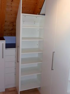 1000 images about schrank schlafzimmer on pinterest utrecht the doors and classic. Black Bedroom Furniture Sets. Home Design Ideas