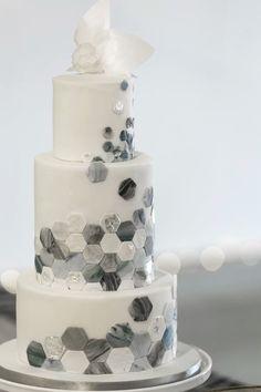 Wedding Ideas By Colour: Marble Wedding Cakes Small Wedding Cakes, Elegant Wedding Cakes, Fondant Cakes, Cupcake Cakes, Hexagon Wedding Cake, Geometric Cake, Pecan Cake, Occasion Cakes, Savoury Cake