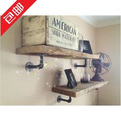 tablette bois tuyau - Recherche Google Chalet Chic, Water Pipes, Barn Wood, Future House, Floating Shelves, Palette, Sweet Home, New Homes, House Design