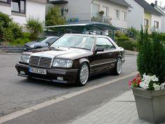 Mercedes 220CE W124