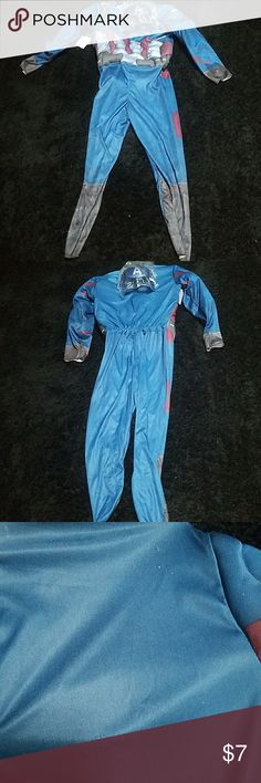 NWT Captain America costume size 10/12 NWT Captain America costume size 10/12 got picked slightly by the Velcro opening that folded over on it and prices accordingly  (see pic #3) Marvel  Costumes Superhero