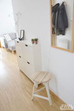Jak bydlí Markéta z Piece of North Office Desk, Furniture, Home Decor, Desk Office, Decoration Home, Desk, Room Decor, Home Furnishings, Home Interior Design