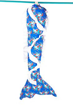Flower blue decorated tail