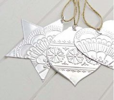 Christmas Star Ornaments, Silver Mexican Tin, Boho Decorations by jan Tin Foil Crafts, Tin Foil Art, Aluminum Foil Art, Aluminum Can Crafts, Metal Crafts, Christmas Star, Diy Christmas Ornaments, Christmas Projects, Handmade Christmas