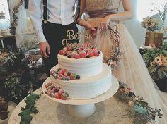 . イチゴとラズベリーで デコレーションした ナチュラルウェディングケーキ♡ . #ウェディングケーキ #ケーキ #イチゴ #ラズベリー #ルメルシェ #ルメルシェ元宇品 #広島 #結婚式 #広島結婚式 #ウェディング #プレ花嫁 #コーディネート #ガーデン #オリジナルウェディング #ガーデンウェディング #ナチュラルウェディング #ナチュラル #ウェディングフォト #wedding #natural #garden #coordinate #weddingdecoration #originalwedding #weddingphotography #weddingphoto