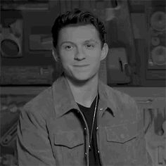 Just some blurbs about the adorkable Tom Holland and his characters Tom Holland Peter Parker, Tom Parker, Tom Holand, Baby Toms, Tommy Boy, Men's Toms, Raining Men, The Villain, Wattpad