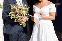 Rustic Wedding Bouquet is a different approach!  #rusticbouquet #weddingbouquet #rustic #flowerdesign #flowerdecoration #bride #wedding #flowers #corfu #weddingideas #λουλουδια #νυφικομπουκετο #νυφικηανθοδεσμη #μπουκετο #ανθοδεσμη #νυφη #στολισμοςγαμου #γαμος #ιδεεςγαμου #κερκυρα #rizosgarden Greek Wedding, Post Wedding, Start Tv, Corfu Holidays, Paxos Island, Wedding Window, Wedding Videos, Bridesmaid Dresses, Wedding Dresses