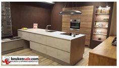 Één van onze prachtige showroom opstellingen. Betonlook keuken. http://keukensale.com/vestiging-spijkenisse
