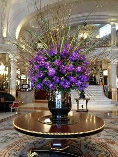 Tall Floral Arrangements, Beautiful Flower Arrangements, Beautiful Flowers, Centerpiece Decorations, Flower Decorations, Hotel Flowers, Grave Flowers, Corporate Flowers, Flower Studio