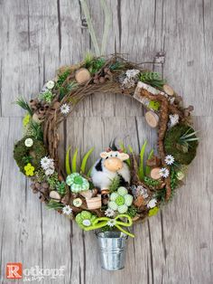 "Door wreaths - door wreath ""Allgäu"" - a designer piece by Rotkopf-design at Da . Candy Wreath, Diy Wreath, Owl Wreaths, Holiday Wreaths, Wooden Flowers, Diy Flowers, Diy Valentines Day Wreath, Poppy Wreath, Watermelon Decor"