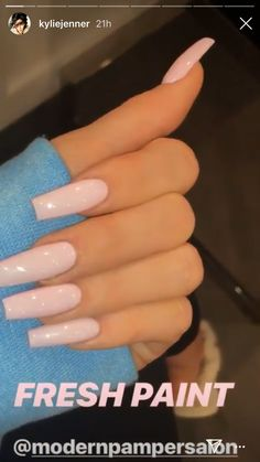 kylie jenner nail N nails Coffin Nails Designs Kylie Jenner, Acrylic Nails Kylie Jenner, Kylie Nails, Acrylic Nail Designs Coffin, Aycrlic Nails, Long Acrylic Nails, Long Nails, Cute Nails, Pretty Nails