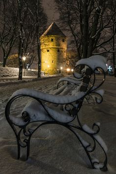 Winter in Tallinn. Estonia, by Alexander Abrosimov I visited Tallinn in 2016 while on a Baltic cruise I Love Winter, Winter Snow, Winter Light, Beautiful World, Beautiful Places, Chateau Medieval, Winter Scenery, Winter Magic, Winter's Tale