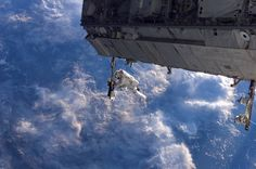 Robert Curmbeam on STS-116's first spacewalk:    December 2006: Constructing the Space Station