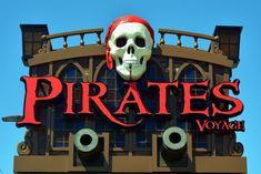 Pigeon Forge TN Guide explains the top reasons why your family should experience the Pirates Voyage Dinner Show during your vacation to the Smokies. Smoky Mountain Cabin Rentals, Smoky Mountains Cabins, Great Smoky Mountains, Pirates Dinner, Pirate Dinner Show, Pigeon Forge Attractions, Calico Jack, Famous Pirates, Pigeon Forge Tn