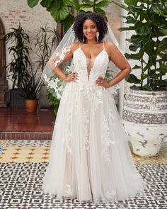 Style BL354 Callie | Romantic Boho Lace Wedding Dress from Beloved by Casablanca Bridal | Beloved By Casablanca Bridal Gorgeous Wedding Dress, Boho Wedding Dress, Designer Wedding Dresses, Bridal Dresses, Lace Wedding, Wedding Gowns, Flattering Wedding Dress, Dream Wedding, Hair