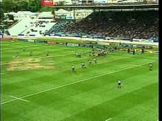 Awesome instructional rugby video including 2 sections: Backline Attack and Back Defense. Rugby Drills, Rugby Games, Rugby Videos, Rugby Coaching, Rugby Training, New Zealand Rugby, Balls, Sports, Big